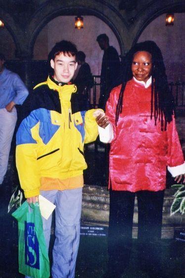 Meeting Whoopi Goldberg @ Madame Tussauds, London, November 2000.