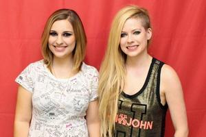 Avrils american fans have better luck during meet greets avril avril lavigne helped the backstreet boys kick off their american tour last weekend by playing as their opening act according to tmz avril opened for the m4hsunfo