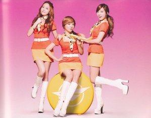 Taeyeon , Jessica and Sunny!