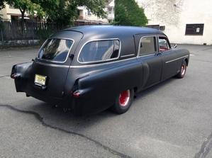 14: 1950 Cadillac karo ng patay