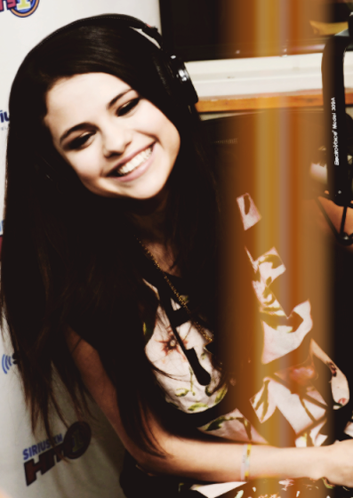 *Selena when she see's you*