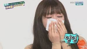 Oh My Girl burst into tears on 'Weekly Idol'
