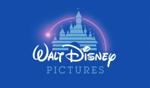 "My Favorite: ""When آپ Wish Upon A Star"" Score into the Whistle as the قلعہ Builds Itself Magically, Ending with Walt's Signature Logo"