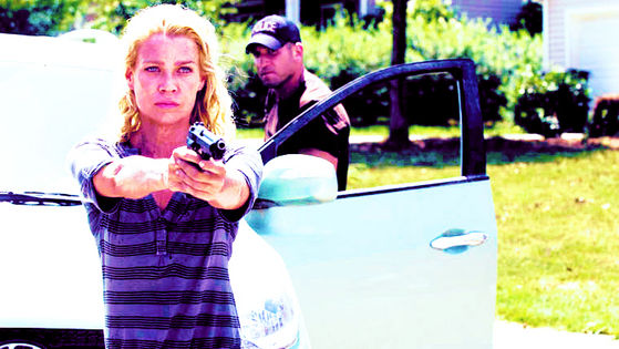 Laurie Holden & Jon Bernthal as Andrea & Shane, Secrets, 2x06