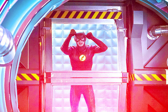 'Well, good job on the cell, Cisco' - Barry Allen