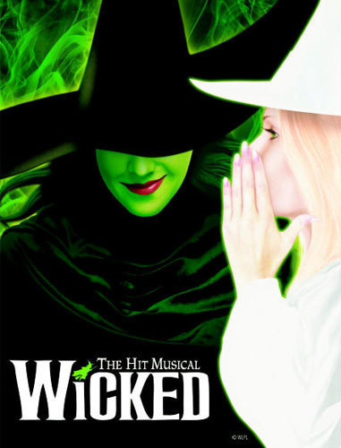 I wanna see this musical so badly!