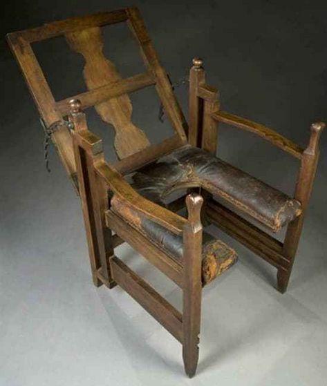 9) Birthing chair