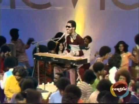 Live Performance Of The Song On Soul Train