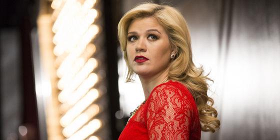 Kelly Clarkson, Christmas Time.