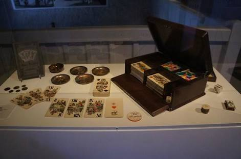 An exhibit of a vintage card game.