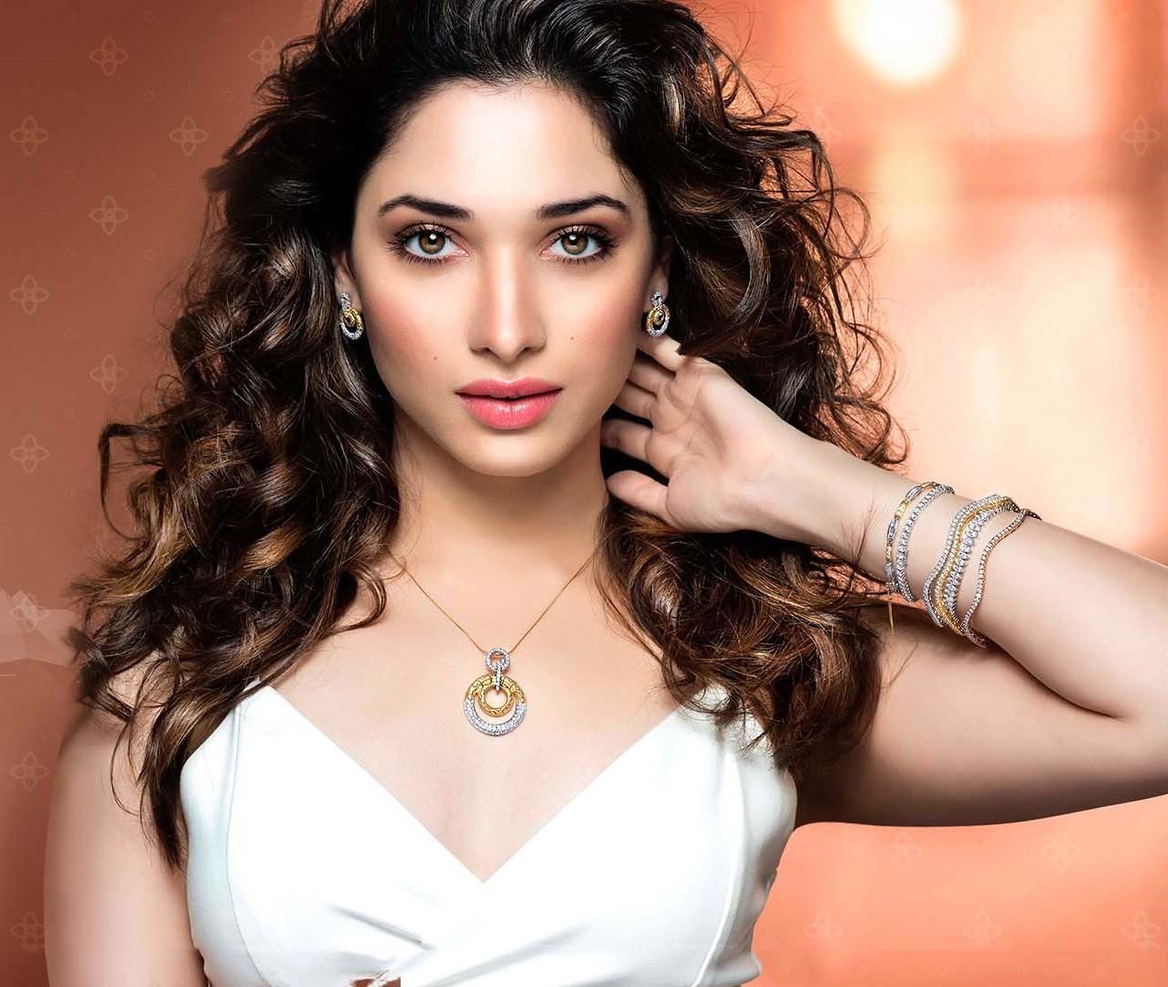 Top Ten Most Beautiful Indian TV Actresses 2018