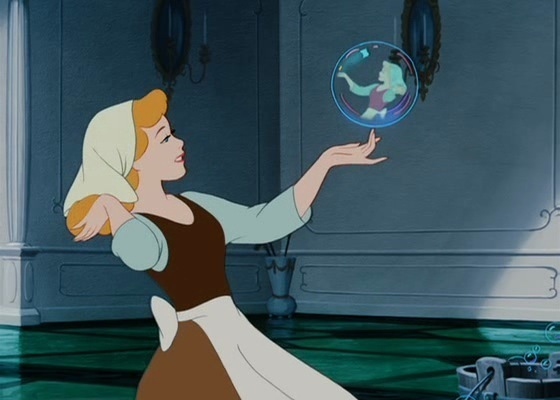 11. Cinderella: I feel sorry for placing 灰姑娘 so low on this list. She is the princess that shares my personality. We are both ISFJ personalities, and I relate to her so much.