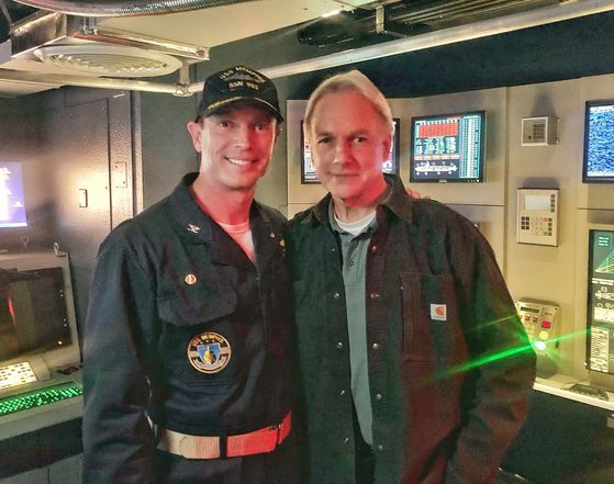 Matthew Bellows with Mark Harmon on-set: NCIS
