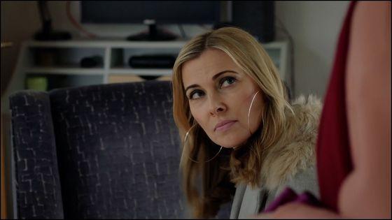 "Linette Beaumont in ""Agatha Raisin"" (courtesy: Acorn TV)"