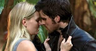 dia 11: What is your dream pairing? Hook and Emma
