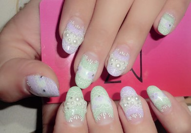 I am a huge Japanese nail art 粉丝 哈哈
