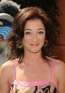 день 19 – Your least Избранное actress Moira Kelly