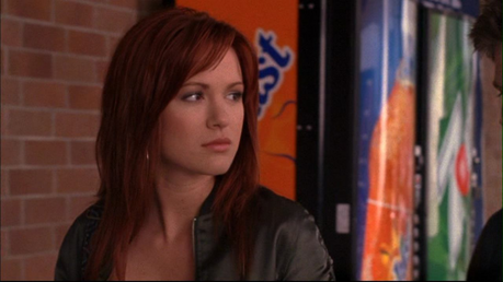 dia 19 - Your least favorito actress Danneel Harris (I know her married name is Ackles, but I like