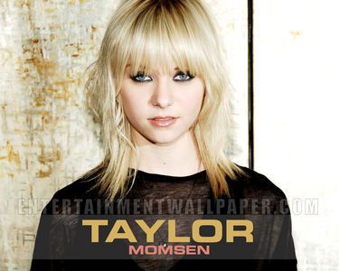 Taylor Momsen.