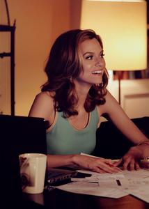 [b]Day Five: प्रिय female character on a male-driven show[/b] -[u]Sara Ellis[/u] From [i]White C
