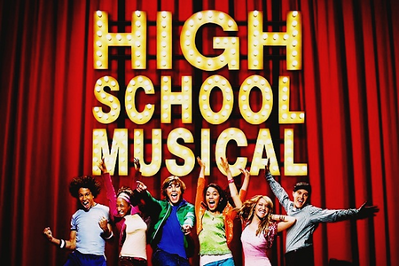 دن 17 - پسندیدہ TV movie [b] High School Musical[/b] this one is a TV movie right ?