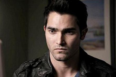 日 6 - お気に入り Vampire または Werewolf または エンジェル または other スーパーナチュラル character Derek Hale from Teen