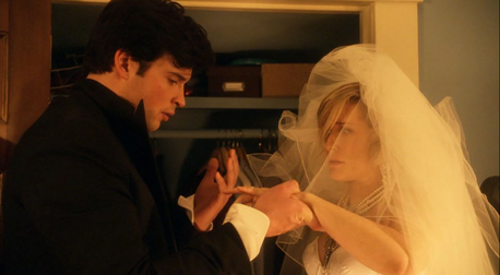 día 6 - favorito! friendship Clark and Chloe, I amor their friendship and I am very jealous of it.