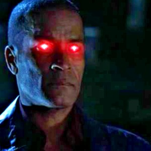 día 13 - favorito! Guest estrella Phil Morris as Martian Manhunter