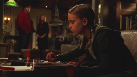 día 28 - Cutest moment Clark trying to get the young girl, Maddie to speak to him in Season 5 epis