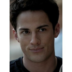 день Three: A male character Ты hated but grew to Любовь Tyler Lockwood (The Vampire Diaries)