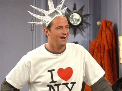 dia Eight: favorito male character in a comedy show Chandler Bing - friends
