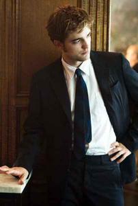 robb wearing tie