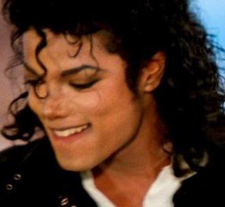 "8/10   Here's a ""MJ biting his lip - pic""..."