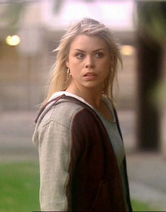 dag 14: Character u Like That Everyone Else Hates - Rose Tyler