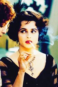 Hmm, reminds me of Jill Greene... Helena Bonham Carter<3