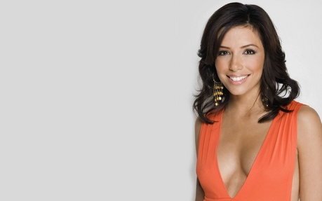 Eva Longoria :) actually that included a lot of celebrity women who ate not pressured দ্বারা society with