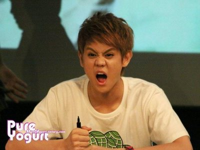 Well,I change mine to Yoseob again!! I switched it to Yoseob cos I think he a cute puppy!!<33