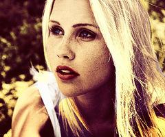 Claire Holt .
