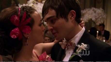 Chuck and Blair dancing in Much 'I Do' About Nothing season 1