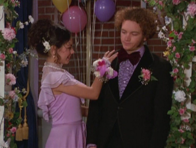 volgende round is open! The theme is prom! Here is mine ! Jackie and Hyde <3