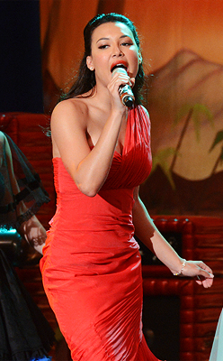 Loved Santana&#39;s red Prom Dress <3