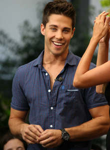 ^ Thanks for choosing a new Awesome! theme <3 Dean Geyer <33