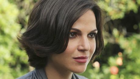 ngày 2 - yêu thích Female Character: Regina Mills (Evil Queen)