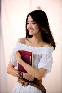 Here! So sweet and cute you are, Yoona!