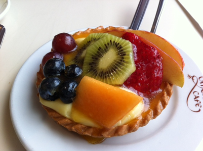 fruit tart yum!!! Do toi prefer salty ou sweet food?