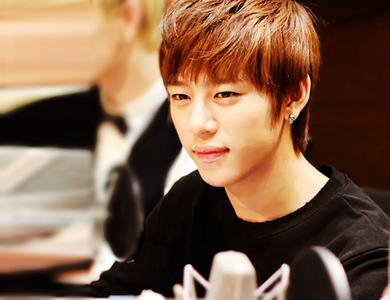 [i]Round 1 CLOSED Round 2 OPEN: Post a pic of Daehyun[/i] [b]Good Luck[/b]