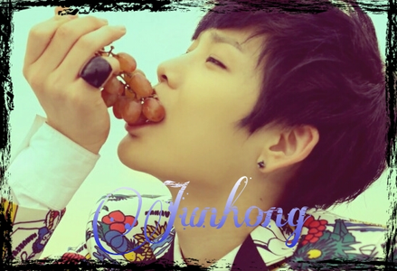 <I>Jun Hongie~</i> <b>My edit! <33</B>