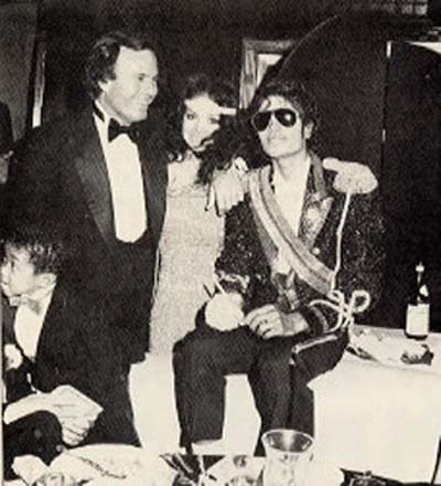 Michael with Julio Iglesias, Emmanuel Lewis and La Toya