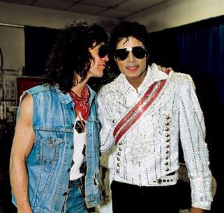 Backstage with Eddie furgone, van Halen during the 1984 Victory tour