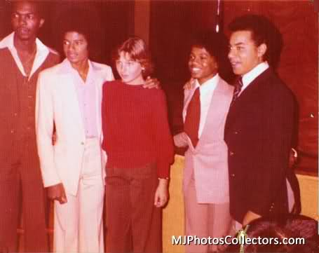 Michael with then-girlfriend, Tatum O'Neal and Friends back in 1977